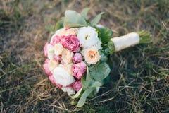 Blumenstrauß der Hochzeitsblumen Lizenzfreie Stockfotografie