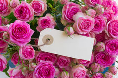 Blumenstrauß der rosafarbenen Rosen Lizenzfreie Stockfotografie