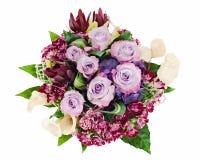 Blumenstrauß der Rosen, der Lilien und der Orchideen getrennt stockbilder