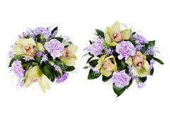 Blumenstrauß der Rosen, der Nelken und der Orchideen Lizenzfreie Stockbilder