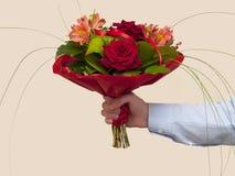 Blumenstrauß der roten Rosen Lizenzfreie Stockbilder