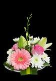 Blumenstrauß der schönen Blumen auf Schwarzem Stockbilder