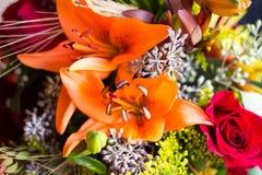 Blumenstrauß mit Lilien Lizenzfreies Stockbild