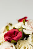 Blumenstrauß von Blumen auf Weiß Stockbild