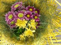 Blumenstrauß von bunten Herbstblumen Stockbilder
