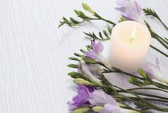 Blumenstrauß von Freesieblumen Stockbilder