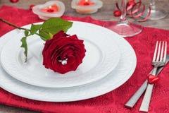 Blumenstrauß von Rosen im Hintergrund lizenzfreies stockfoto