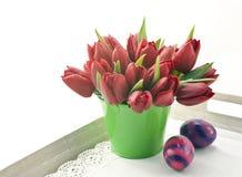 Blumenstrauß von roten Tulpen Lizenzfreie Stockfotos