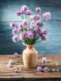 Blumenstrauß von Zwiebelschnittlauchblumen Stockfoto
