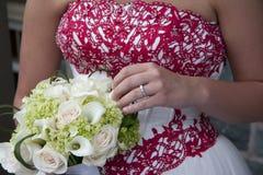 Blumenstrauß-Weiß-Ring Lizenzfreies Stockfoto