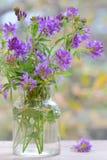 Blumenstraußblume im Vase Lizenzfreies Stockfoto