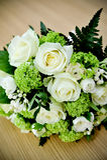 Blumenstrauß der Hochzeitsrosen Stockfotografie