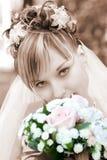Blumenstrauß der Rosen in der Farbe Stockfotos