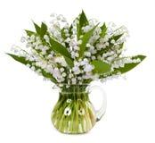 Blumenstrauß von den Maiglöckchen lokalisiert auf weißem Hintergrund Lizenzfreie Stockfotografie