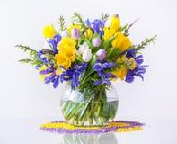 Blumenstrauß von Frühlings-Blumen Stockbilder