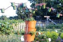 Blumentopfskulptur Stockbild