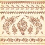 Blumenverzierungen der indischen mehndi Tätowierungsart eingestellt Lizenzfreie Stockbilder