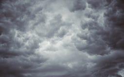 Blured一些在灰色天空可能 免版税库存图片