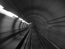 blurmetrotunnel Arkivfoton