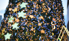 Blurred background image : Blurred christmas tree and Heart bokeh Stock Images