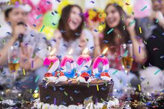 Free Blurred Birthday Party Background With Cake Stock Photography - 161186772