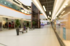 Blurred image of supermarket or lobby of shopping center Royalty Free Stock Image