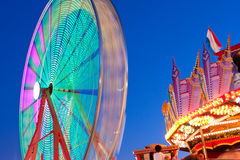 Blurred Motion of Ferris Wheel At Dusk Royalty Free Stock Photos
