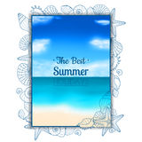 Blurred summer flyer with seashells and starfishes Royalty Free Stock Photos