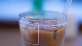 Blury med is kaffe arkivfoton