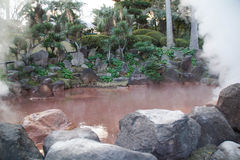 Blut-Teich-Hölle in Beppu, Japan Stockfotos
