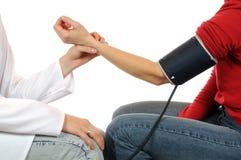 Blutdruckmessungen Stockbild