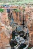 Blyde Rzeczny jar, Południowa Afryka, lato krajobraz, czerwieni skały i woda, Obrazy Royalty Free