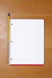 blyertspenna för bokskrivbordanmärkning Royaltyfria Bilder