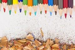 Blyertspenna och blyertspennashavings Fotografering för Bildbyråer