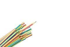 blyertspennor för nya idéer för bakgrund vita isolerade close upp Royaltyfri Fotografi