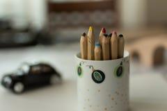Blyertspennor i kopp Royaltyfri Foto