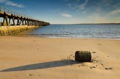 Blyth strand och södra pir Fotografering för Bildbyråer