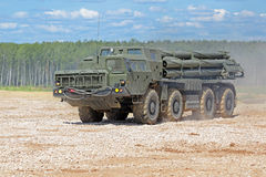 BM-30 Smerch 免版税库存图片