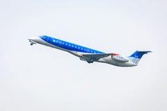 BMI Regionaal Embraer 145 stock afbeelding