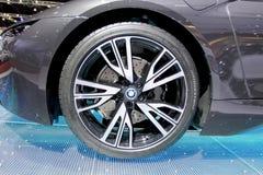 BMW商标在轮子的 库存照片