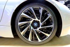 BMW商标在轮子的 库存图片