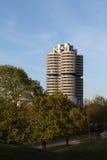 BMW塔在慕尼黑,德国 免版税库存照片