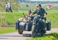 bmw摩托车巡逻r12 免版税库存照片