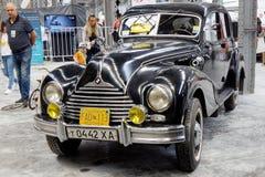 BMW 340葡萄酒车的储蓄图象 图库摄影