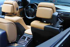 интерьер автомобиля bmw стоковое фото rf