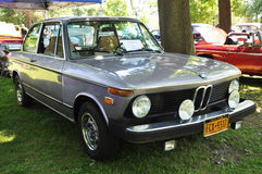 BMW 2002 sedan 1974 Arkivfoton