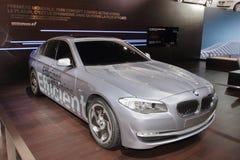 BMW 5 Serien-Mischling - Genf-Autoausstellung 2010 stockfotografie