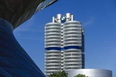 BMW-Borte und -Hauptsitze in München stockbilder