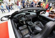 BMW cabrio som visas på den 3rd upplagan av MOTO-SHOWEN i Cracow Royaltyfri Fotografi