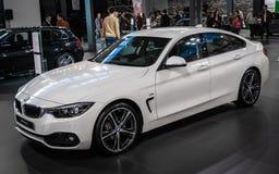 BMW die 7 auf 54. internationaler Auto- und Autoausstellung Belgrads stockfotos